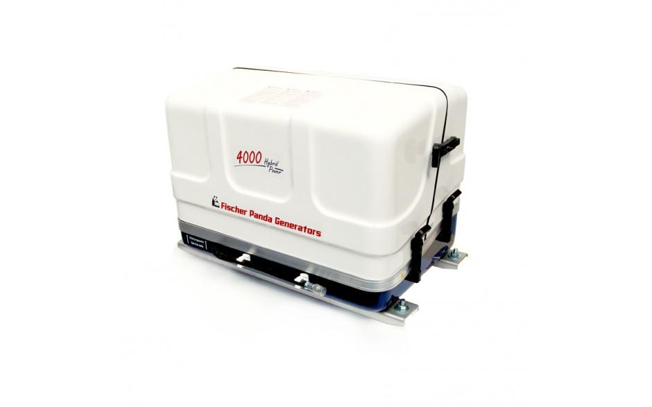 03.01.01.044P  Generador diésel de 4Kw, vista en perspectiva del generador con la tapa de fibra cerrada