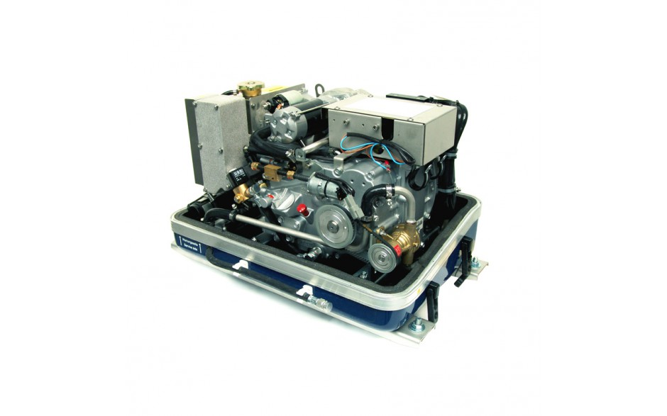 03.01.01.106P Generador diésel de 9,1Kw, vista en perspectiva del generador sin la tapa de fibra, mostrando el motor completo