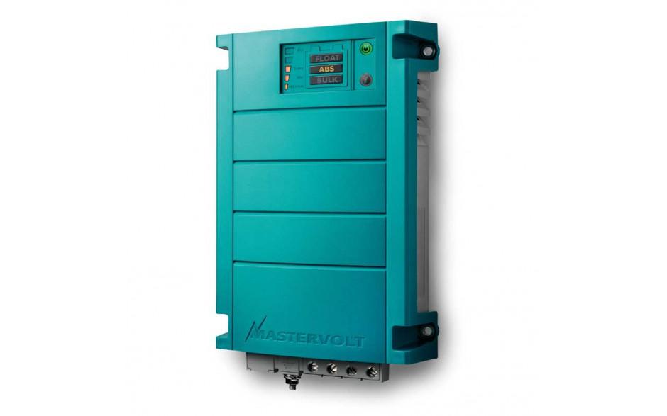 44010250 Cargador de baterías ChargeMaster 12/25-3, con método de carga en 3 fases. Vista en perspectiva lateral del frontal del cargador