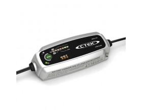 56-309 Cargador de baterías Ctek MXS 3.8. Soluciona una gran variedad de problemas relacionados con las baterías y es el cargador perfecto para uso cotidiano.