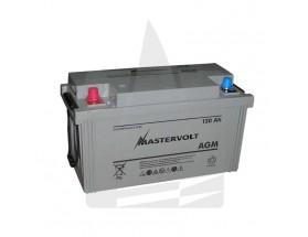 62001300 Batería AGM 12/130Ah, no requiere mantenimiento, tienen la capacidad de descargarse completamente cientos de veces. Vista en perspectiva de la parte frontal