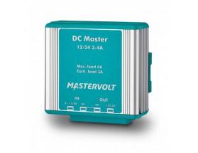 81400400 Convertidor DC Master 12/24-3A. Mediante el uso de este convertidor, podrá asegurarse de que todos sus equipos de a bordo disponen de un suministro de energía estable y además con el voltaje correcto. Vista en perspectiva lateral del frontal