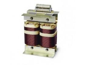 85000350 Transformador aislamiento IVET 3,5 KVA. Aislamiento eléctrico galvánico entre la toma de tierra y de a bordo previene la corrosión eléctrica de las piezas metálicas al tiempo que garantiza una correcta puesta a tierra.