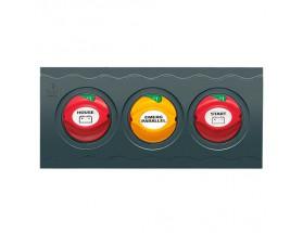 Panel de interruptores con tres desconectadores de batería. El panel viene de serie con 3 interruptores de batería 701-PM preensamblados.