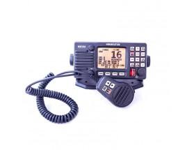 HM390_DSC Radio VHF fija HM390 con NMEA0183 y DSC. El sistema DSC transmite, si es necesario, una señal de emergencia con el número de identificación del barco a todos los buques con un dispositivo DSC en un radio de 30-50 mn.