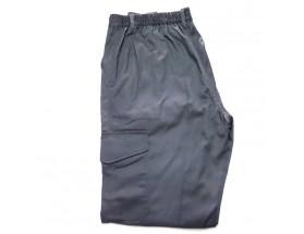 Pantalón gris, talla L