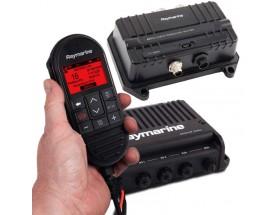 T70424 Pack radio VHF Ray90+AIS700 Pack de comunicaciones y seguridad formado por una radio VHF modular Ray90, en formato de caja negra con microteléfono de funcionalidad total, altavoz y cables. Incluye sistema AIS700 para la emisión y recepción de infor