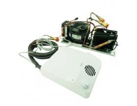 UR150DF1V327SSD Conjunto de compresor y evaporador ventilado para sistemas destinados a Israel, elementos visibles acabas en plástico de color blanco